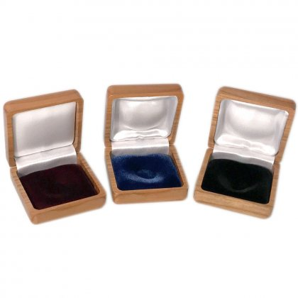 Coin case from cherry tree, univeral cushioned, 56 x 50 mm